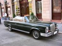 800px-Mercedes_Cabrio_250_SE_Budapest_2005_093t.jpg