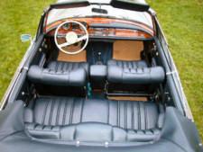 W112_300SE_Cabriolet_interiort.jpg