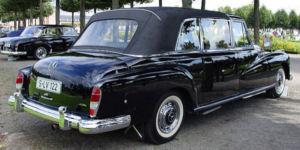 1960Mercedes300Pullman-2t.jpg